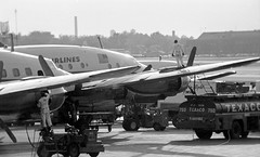 Chicago Midway Airport - TWA - Ramp Scene (twa1049g) Tags: chicago midway airport twa ramp scene lockheed constellation 1960