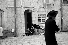 Jerusalem Israel (oneway cai) Tags: jerusalem israel jew blackandwhite bw street streetphotography film analogue blackwhitefilm leica m6 summilux 35mm f14 kodak eastman doublex 5222 iso400 monochrome people judaism jewish hc110 kids