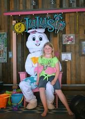 Kids Visit Easter Bunny at LuLu's 2017-3