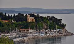 Castello di Miramare, Trieste, Italy (Alona Azaria) Tags: castello castle miramare trieste italy venezia friuli nikon nikkor d800 28300mmf3556