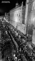 3069 (G de Tena) Tags: santa sevilla semana pasos cristo cruz cristianismo crucificado jesucristo sillas cofradia nazareno cirios cirio carrera oficial catedral nikon d800