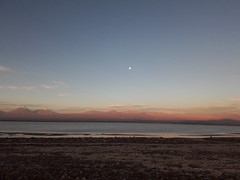 La luna (Wen Rou) Tags: elloa sanpedrodeatacama reservanacionallosflamencos lagunatebenquiche