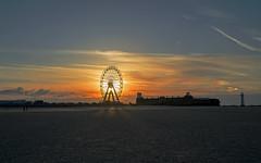 Setting sun Wirral (Richard Littler) Tags: sky sea shoreline sunset sony shadow merseyside