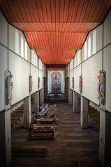 St. Pompeux (Digi-Kai) Tags: decay verfall alt abandoned urbex explore urban rotten lost kirche church