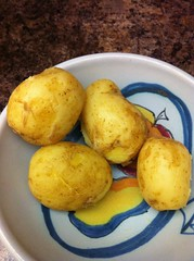 Dinner - May 20 - potatoes (Two Fat Laddies) Tags: food blog potatoes healthy meals meal diet dieting twofatladdies uploaded:by=flickrmobile flickriosapp:filter=nofilter