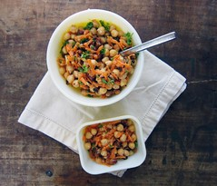 chickpea & carrot salad with fried almonds (you can count on me) Tags: salad vegan vegetarian almonds carrots parsley chickpeas