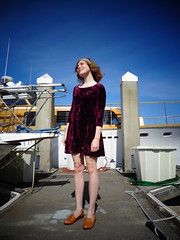 DSC01003 (Becky Haltermon) Tags: sanfrancisco california red gold bay harbor boat dock yacht lace maroon mini velvet flats babydoll southbeach slippers 90s headband minidress betsyjohnson