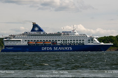 Pearl Seaways (Aviation & Maritime) Tags: oslo norway ferry ship dfds carferry passengerferry dfdsseaways cruiseferry pearlseaways