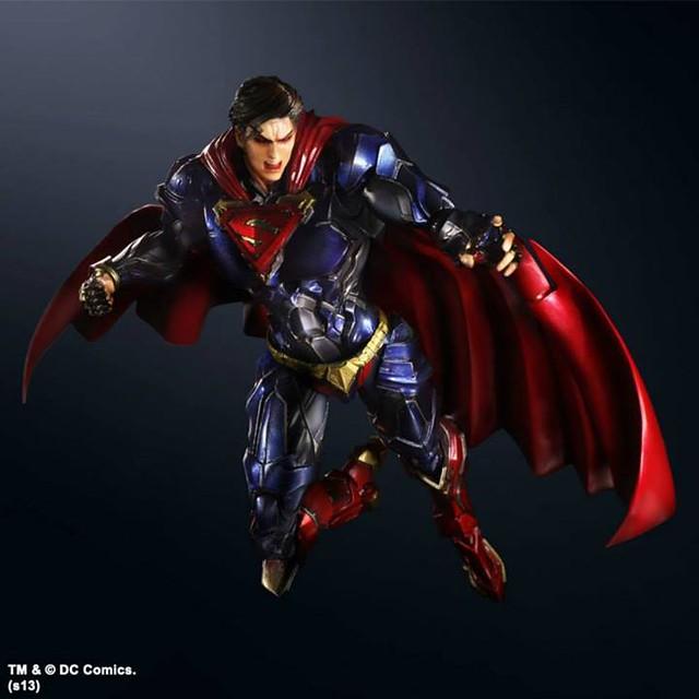 Play Arts 改 DC COMICS 變體版新作二連發!「超人」& 「Supergirl」