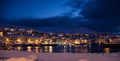 blue hour (kjellbendik) Tags: norge vinter himmel kai hus hav sne finnmark facebook honningsvg bl bygning magerya byggning naturoglandskap nattmrketid snesn kjellbendikgmailcom