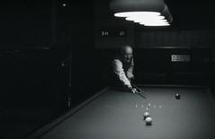 (Max Miedinger) Tags: blackandwhite dog film pool blackwhite nikon milano 14 slide scala epson f3 pushed nikkor agfa nikonf3 biancoenero trieste diapositive biliardo dr5 diapo pellicola agenzialuce blakwhiteslide