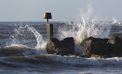 The Spray and the Groyne (Nick L) Tags: sea waves wave spray dorset groyne hengistbury hengistburyhead 5d3 canon5d3