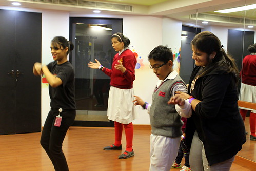 Dance and music have no boundaries! Kids enjoy a dance session during the tour.