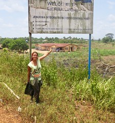 "Crossing borders between Liberia  and Sierra Leone  March 2017 #itravelanddance • <a style=""font-size:0.8em;"" href=""http://www.flickr.com/photos/147943715@N05/32980978034/"" target=""_blank"">View on Flickr</a>"