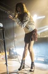 "Blonde Redhead - Razzmatazz, febrer 2017 - 3 - M63C8380 • <a style=""font-size:0.8em;"" href=""http://www.flickr.com/photos/10290099@N07/33010911802/"" target=""_blank"">View on Flickr</a>"