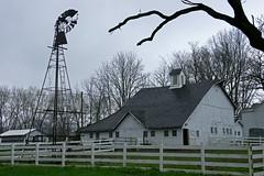 windmill and barn (WORLDS APART PHOTO) Tags: barn windmill windmillwednesday illinois horsefarm chathamillinois agriculture farming farmyard broken