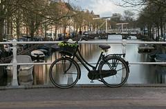 "Fiets in Alkmaar (Roelie Wilms) Tags: fiets alkmaar noordholland brug tweewieler rijwiel velosiped စက်ဘီးစီးခြင်း колоездене 循環 cykling radfahren ciclismo ποδηλασία ركوب հ եծանվավազք bikefiets cycle سائیکلنگ pyöräily サイクリング 사이클링 riteņbraukšana ""езда на велосипеде"" тебүү साइकलको സൈക്ലിംഗ് sykling ""சைக்கிள் ஓட்டுதல்"" велоспорт"