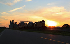 Mid Michigan Sunset (GLC 392) Tags: grand trunk western turkey trail great lakes central tuscola saginaw bay railroad railway train gtw tsby glc sun set sunset mid michigan grain silo bins elevator emd gp35 393 ann arbor life pure sky clouds tree trees cloud middleton branch road