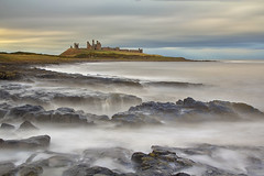 Le onde del tempo / Waves of time (Dunstanburgh Castle, Northumberland, United Kingdom) (AndreaPucci) Tags: northumberland dunstanburgh castle craster uk andreapucci canoneos60 longexposure england