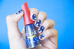 Azul LITERALMENTE Estrelado - Risqué (coloresdasam) Tags: azulestrelado risqué esmalteazul nailpolish bluenail nailart nailplate nailstar