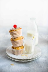 Bakewell cupcakes (magshendey) Tags: cupcakes almond cherry sweet baking food foodphoto foodstyling milk light pastry