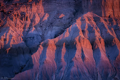 Light & Shade (Frӓncis) Tags: capitolreef fflomair sunset landscape canon utah desert caineville