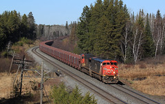 Minorca Empties (GLC 392) Tags: minorca lime stone empties empty bcol british columbia line online ore jennies iron mn minnesota cn canadian national ge c408m c449w 4615 2634 pine tree code pole