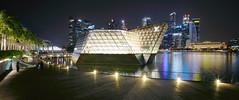 Floating LV (ah.b ack) Tags: sony a7ii a7mk2 singapore cityscape marinabay louisvuitton cbd voigtlander super wideheliar 15mm f45 aspherical iii