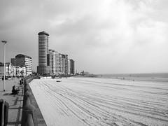 Vlissingen (paulfigdor) Tags: vlissingen strand