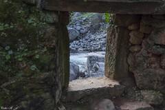 Desde una ventana (pedroramfra91) Tags: naturaleza nature ventana window rio river roca rock