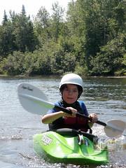 Photodepatricklevesque_13082009-Photo_de_patrick_levesque_P8132255.jpg (patrick_levesque) Tags: alexis boogieboard chalet famille kayak nicolas