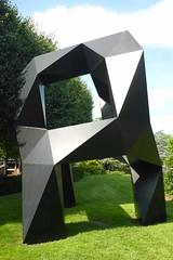 P1040014 (jerry_y_kuo) Tags: nationalgalleryofartsculpturegarden nationalgalleryofart washingtondc moondog tonysmith