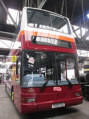 East Yorkshire 887 T509SSG Anlaby Rd Depot, Hull (2) (960x1280) (dearingbuspix) Tags: eastyorkshire eyms 887 t509ssg scarboroughskipper