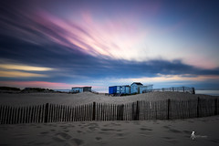 Bonne nuit (pierrelouis.boniface) Tags: pasdecalais france calais canon nuages clouds cabanes