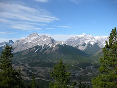 G8 Summit Scramble 6 (benlarhome) Tags: mountain canada montagne trekking trek kananaskis rockies spring hiking hike alberta rockymountain rockymountains scramble g8 gebirge scrambling