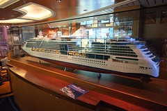 Oasis of the Seas (PowerPee) Tags: cruise dreamworks royalcarribean fujixe1