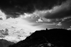 Riposando all'interno di S (bebo82) Tags: blackandwhite bw mountain clouds person persona nuvole pentax monte biancoenero pentaxk20d pentaxk20 crasso