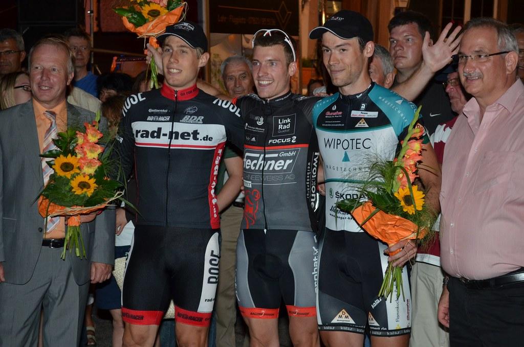 Die Siegerehung der Männer mit MdB Peter Weis_Foto Elisa Haumesser
