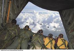 Media Flight CRUZEX 2013 (Força Aérea Brasileira - Página Oficial) Tags: photographer flight amx voo embraer a1m f16a forcaaereabrasileira brazilianairforce f2000c northropf5emtigerii f16ammlu fotopaulorezende dassaultmirage2000f2000