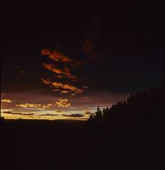 Høsthimmel (Hans Bugge) Tags: sunset clouds norge fuji hasselblad velvia filter nd 500 50 grad elm hitech haugsbygd