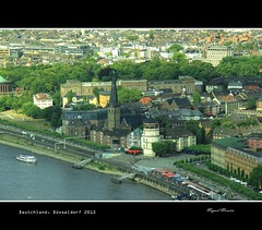 Düsseldorf #27 (miguel m2010) Tags: germany deutschland dusseldorf alemanha mygearandme mygearandmepremium mygearandmebronze mygearandmesilver mygearandmegold mygearandmeplatinum mygearandmediamond