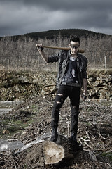 The end of all days (Lydia Tausi Photography) Tags: guy canon dark photography eos model punk photoshoot violence 500 jul cyberpunk worldsend badguy abandonado lydiatausi