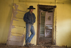 m-ho0982 (gulin2) Tags: ranch old house model cowboy modeling western wyoming hideout