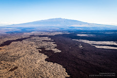Over Mauna Loa [7663] (josefrancisco.salgado) Tags: usa volcano hawaii us nikon unitedstatesofamerica nikkor airborne maunakea maunaloa volcán d4 bigislandofhawaii lavaflow 2470mmf28g helipcoterride