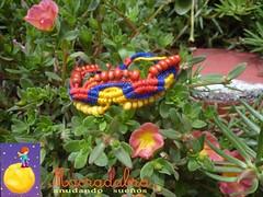 Pulsera Colombia (Macradabra) Tags: colombia bracelet artesania hilos pulseras nudos macram macradabra