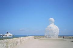 Antibes wraith (st_asaph) Tags: sculpture cotedazur paca publicart antibes nomade frenchriviera alpesmaritimes jaumeplensa portvauban manofletters france06