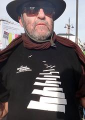 Apoyo detenidos 22M - social (Fotos de Camisetas de SANTI OCHOA) Tags: jazz paisvasco