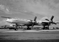 Tu-95MS Bear H, July 1993 (Vzlet) Tags: tupelov egva ffd riat tu95 tu95ms bear bearh