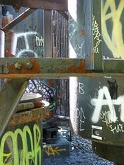 rv95 (daily observer) Tags: graffiti philadelphiagraffiti abandonedphiladelphia philadelphia readingviaduct