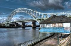 Runcorn Bridge - 2nd April 2017 (purserd99) Tags: runcornbridge widnespromenade